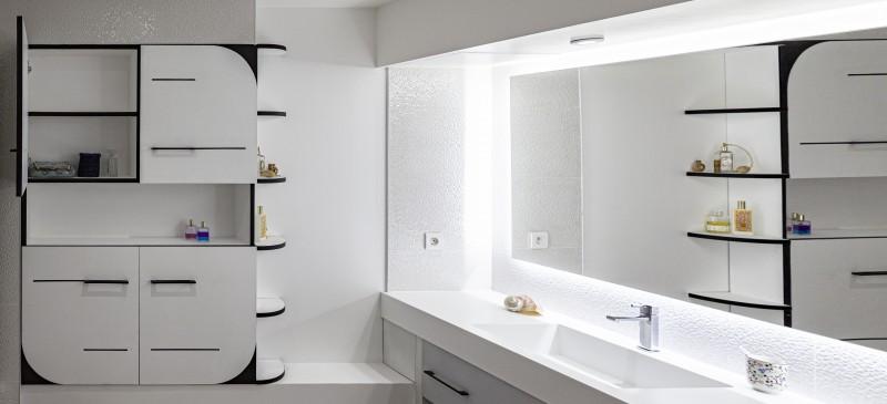 aménagement sur mesure d'une salle de bain par un ebeniste